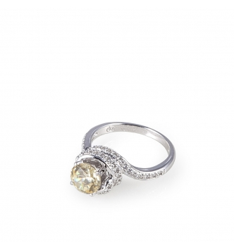 Solitaire canary pave' ring