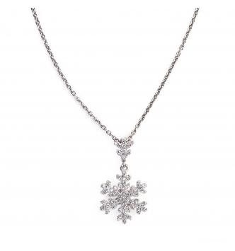 Dangling snowflake silver pendant