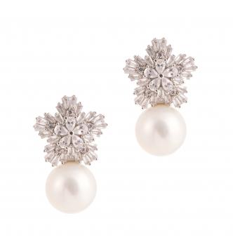 Orecchino fiocco di neve con perla
