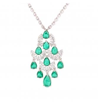Collana con finale  smeraldo