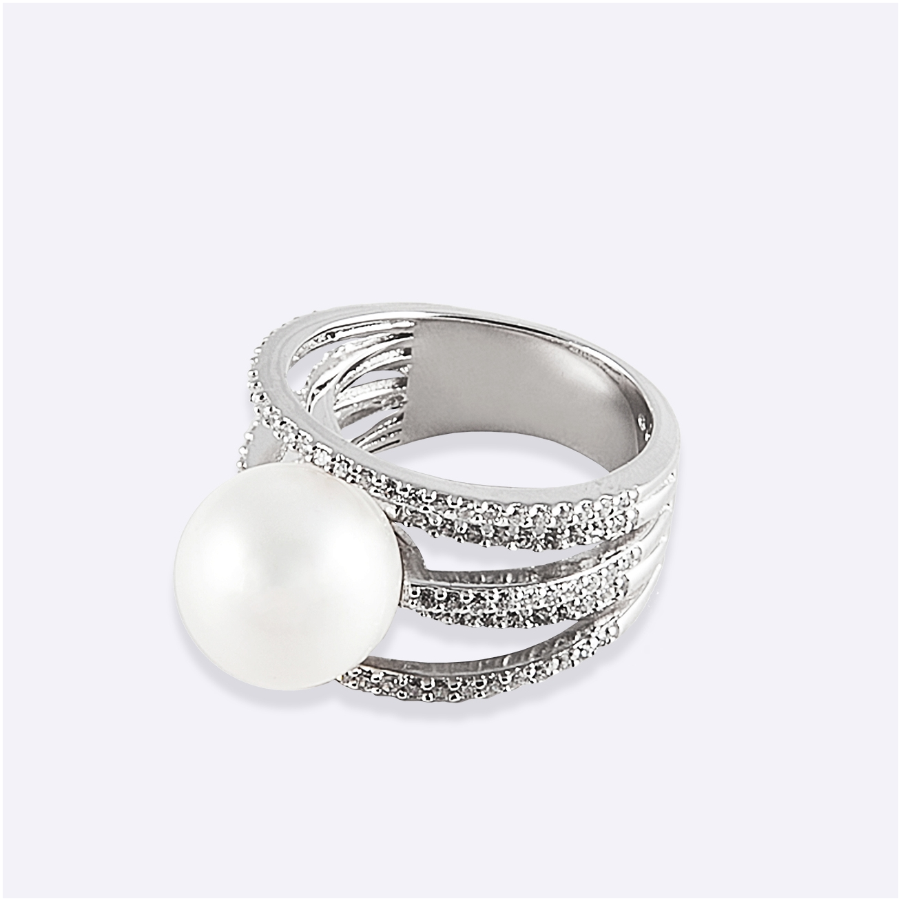White arches and pearl ring