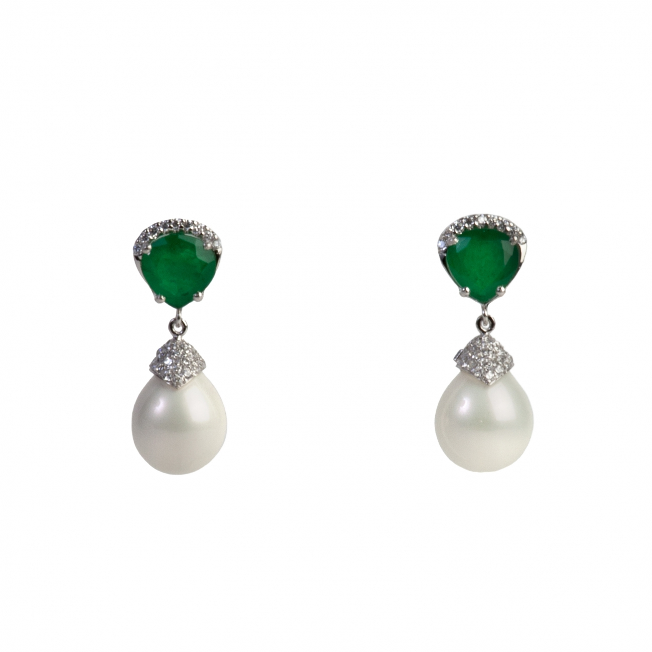 Emerald drop and pearl earring